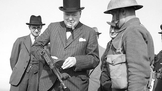 churchill_decides_to_fight_on